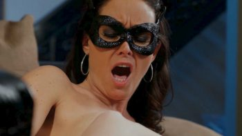 Mistress Likes Cunnilingus