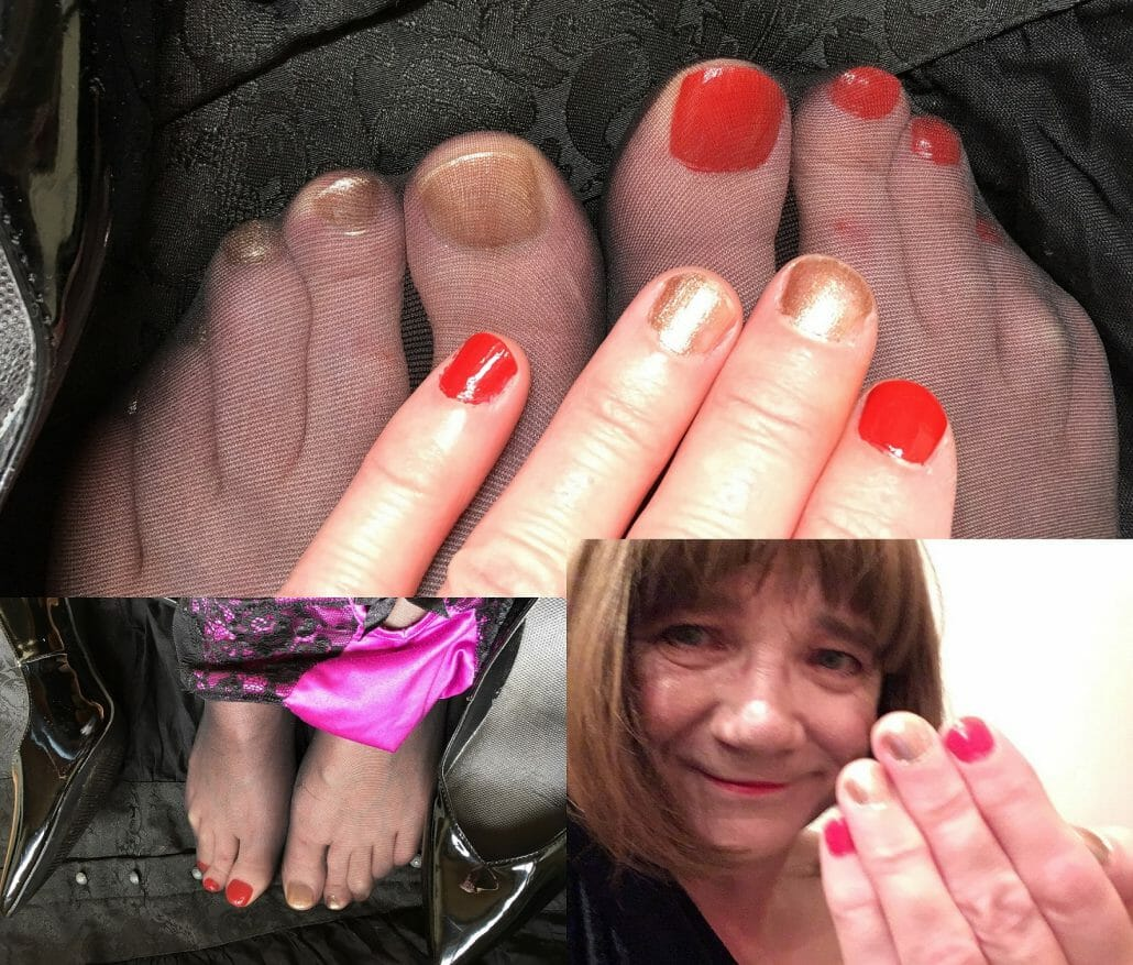 felicity nails